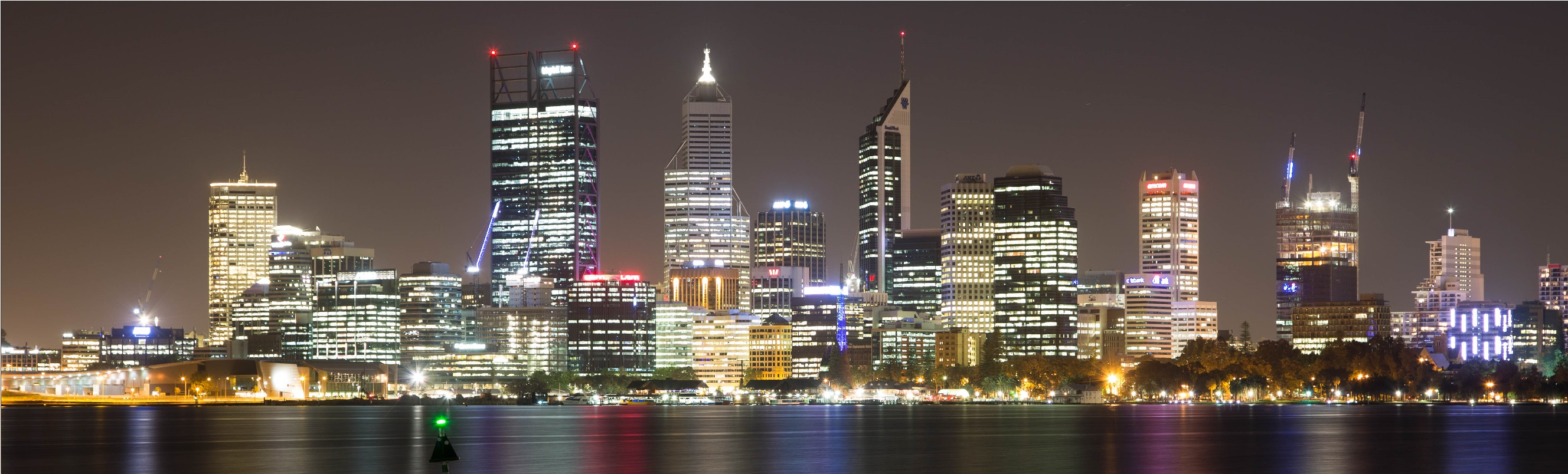 800px-Perth_Skyline_night
